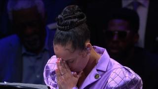 "Alicia Keys performing Beethoven's ""Moonlight Sonata"" in honor of Kobe Bryant"