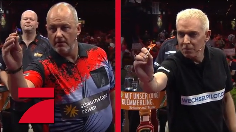 Frank Rosin Phil Taylor vs H P Baxxter Raymond van Barneveld Gruppenphase Promi Darts WM