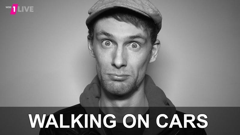 Patrick Sheehy von Walking On Cars im 1LIVE Fragenhagel 1LIVE mit Untertiteln