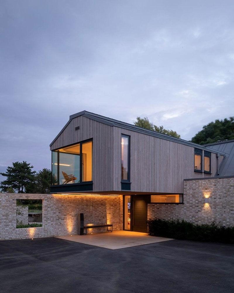 Современный загородный дом с видом на долину Темзы в Англии || 02